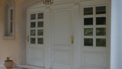 Portes d'entrées en bois