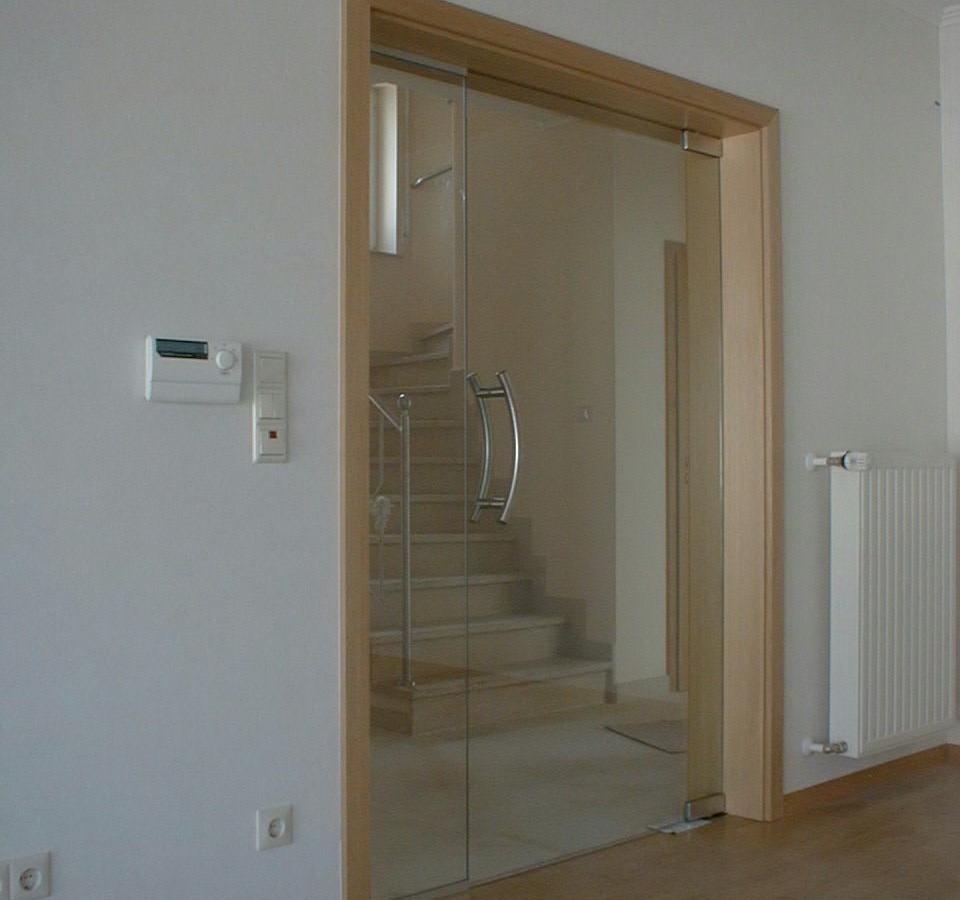 portes en verre avec chambranle en bois menuiserie weber. Black Bedroom Furniture Sets. Home Design Ideas