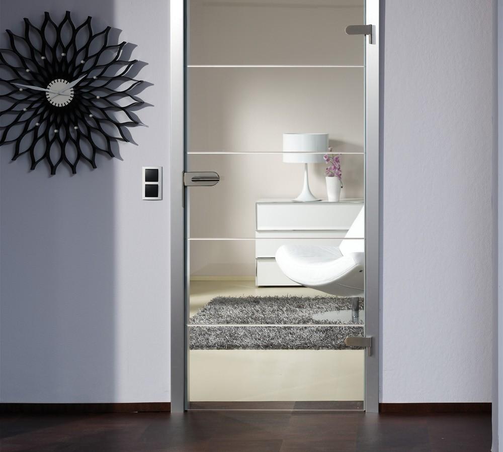 Portes en verre avec chambranle en bois menuiserie weber for Porte salle de bain vitree