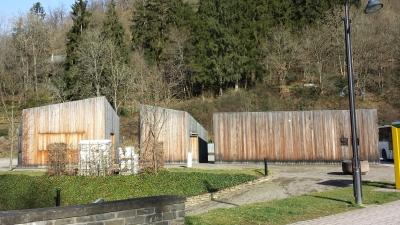 Réalisation de petites maisons en bois