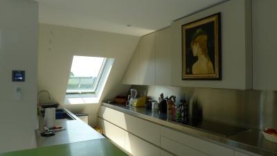 Réalisation d'une cuisine sous toiture