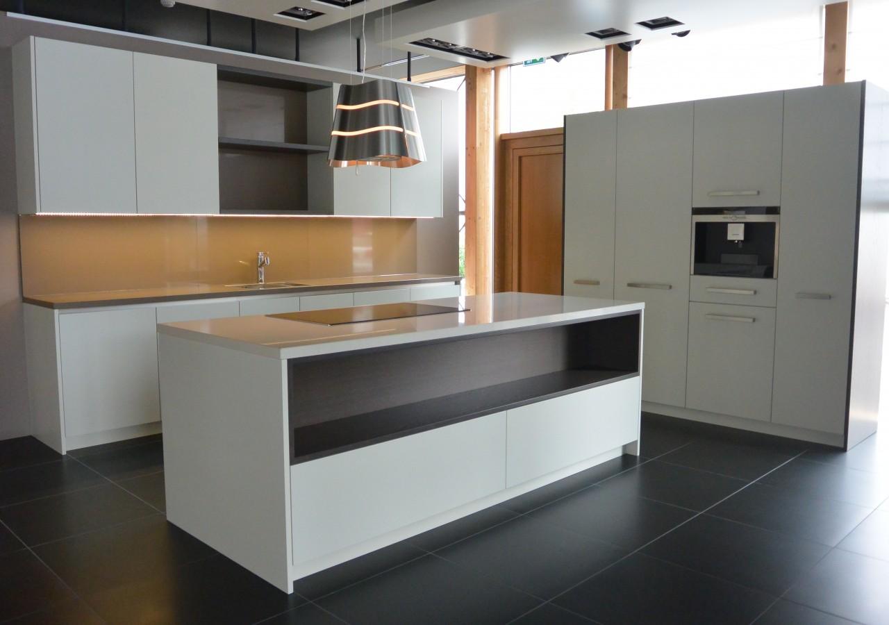 R alisation d 39 une cuisine sur mesure menuiserie weber for Une cuisine sur mesure